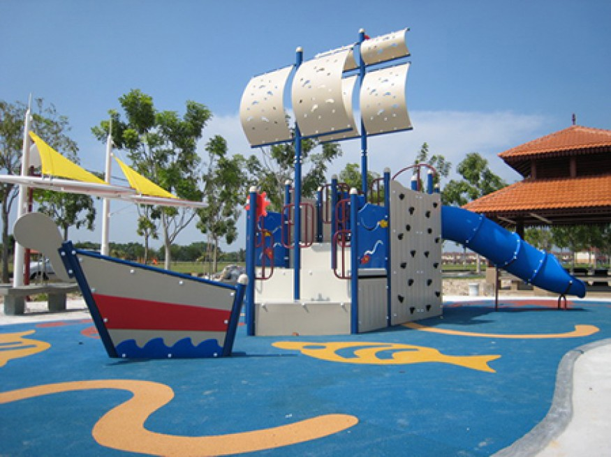 Ceria Playground And Fitness Equipment 12